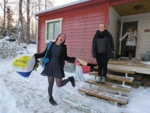 Here are some of my crazy Swedish friends bringing stuff into the cabin we stayed at for the night. The cabin was located in the Hallsberg/Örebro area in Sweden.